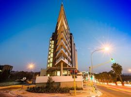 The Apex On Smuts, hotel in Johannesburg