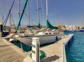 Velero golf del sur, boat in San Miguel de Abona