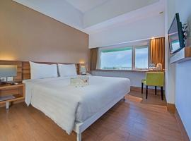 Whiz Prime Hotel Balikpapan, hotel near Sultan Aji Muhammad Sulaiman International Airport - BPN,