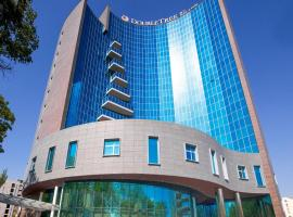 DoubleTree by Hilton Yerevan City Centre, hotel in Yerevan