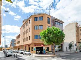 Hotel Rostits, hotel in Castellón de la Plana