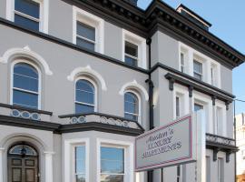 Austens Luxury Apartments, hotel in Torquay