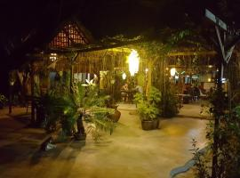 Gecko Guesthouse, guest house in Pantai Cenang