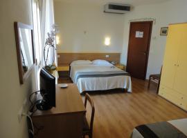 Hotel Mariani, hotel a Lido di Camaiore