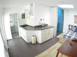 Apartment Schmitz, self catering accommodation in Cologne