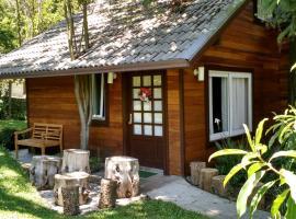 Chalé Estilo Alemão - Centro de Canela, cabin in Canela