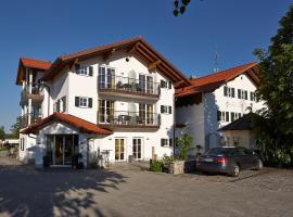 Landhotel Grüner Baum, hotel in Westendorf