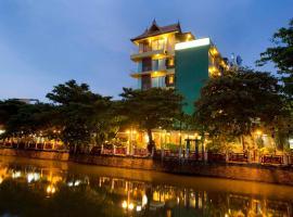 Lamphu Tree House Boutique Hotel, hotel near Khao San Road, Bangkok