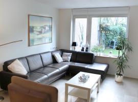 """Luxurious apartment """"de Kokkel"""", hotel in Veere"""