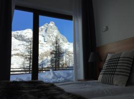 BASE CAMP alpine apartments, apartment in Breuil-Cervinia