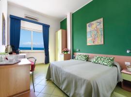 Alta Marea Sorrento, hotel near Marina di Puolo, Massa Lubrense