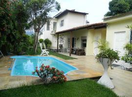 Casa Santa Teresa B&B, hotel with pools in Rio de Janeiro