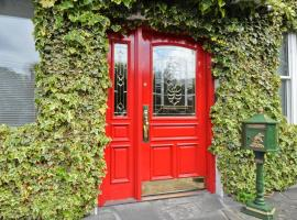 Ash Grove House, hotel near University College Hospital Galway, Galway