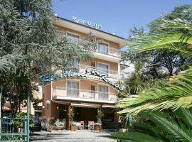 Residence Hotel Kriss, serviced apartment in Deiva Marina