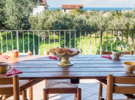Beautiful house with sea view and amazing garden, villa in Santa Maria di Castellabate