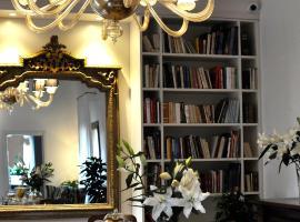 Casa Colleoni, hotel near Teatro Malibran, Venice