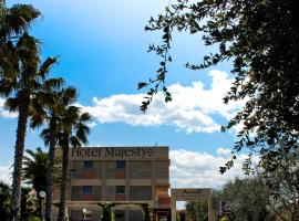 Hotel Majesty Bari, отель в Бари