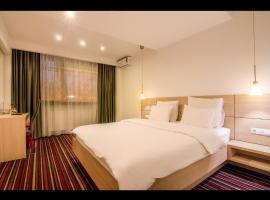 Hotel Oscar, hotel din Câmpina