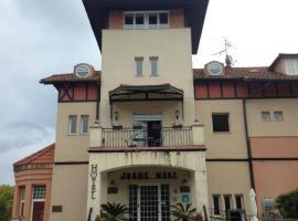 Hotel Joshe Mari, hotel in Bakio