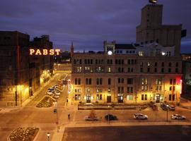Brewhouse Inn and Suites, отель в Милуоки