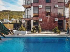 Радужный Отель, отель в Сукко