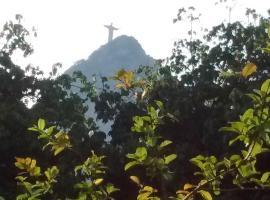 Apartamento Parque Jardim Europa, hotel near Christ the Redeemer, Rio de Janeiro