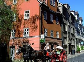 Pension & Appartementhaus am Schloss, guest house in Weimar