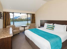 Copthorne Hotel & Resort Lakefront Queenstown, hotel near Queenstown Lakes District Library, Queenstown