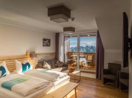 Hotel Christine, hotel near Neuschwanstein Castle, Eisenberg