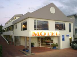 Baycourt Lakefront Motel, motel in Taupo
