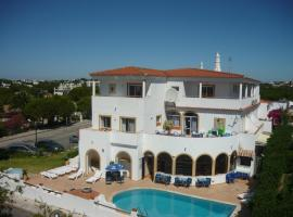 Agua Marinha ROSA- Hotel, hotel near Traces of the Old Castle Wall, Albufeira