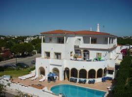 Agua Marinha ROSA- Hotel, hotel in Albufeira