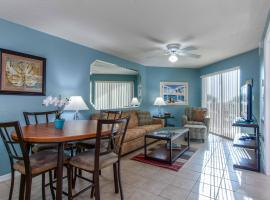 Surf Beach Resort by Sunsational Beach Rentals, hotel near Treasure Island Golf Tennis Recreation Center, St Pete Beach