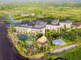 Wyndham Tamansari Jivva Resort Bali، فندق في كيراماس