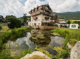 Alpen Hotel Eghel, hotel a Folgaria