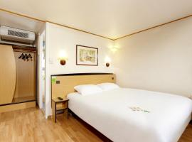 Campanile Cholet, hotel in Cholet