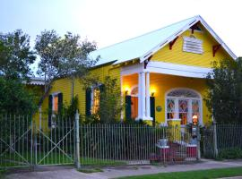 Auld Sweet Olive Bed and Breakfast, B&B in New Orleans