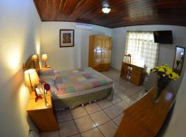 Hotel Posada Don Pantaleon, hotel in Managua