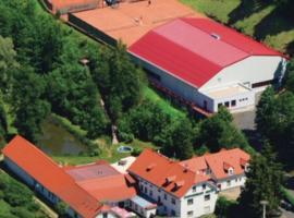 Hotel Mlyn - Jihlava, hotel in Vílanec