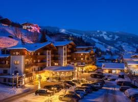 Hotel DIE SONNE, hotell i Saalbach Hinterglemm