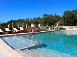 Masseria L'Uliveto Agri Resort, country house in Otranto