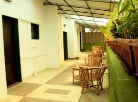 Urban Ville, guest house in Pune