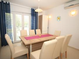 Apartment Mimoza 6, Baska, Krk, room in Baška