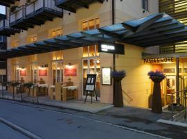 Pasta&More Bed&Breakfast, romantic hotel in Wengen