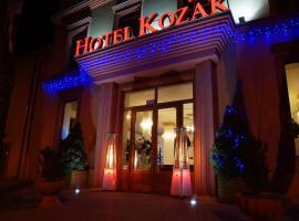 Hotel Kozak, hotel in Chełm