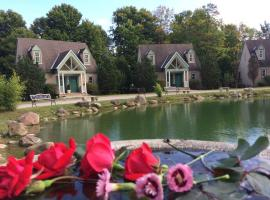 Spruce Hill Inn & Cottages, hotel in Mansfield