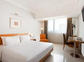 Hotel Santika Jemursari, hotel near Juanda International Airport - SUB, Surabaya