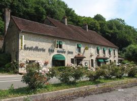 Logis Hostellerie des Monts Jura, hôtel à Pannessières
