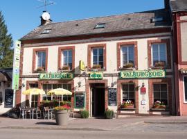 Logis Auberge du Valburgeois、Sainte-Gauburge-Sainte-Colombeのホテル