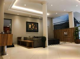 Rede Andrade Mercado Hotel, hotel in Curitiba